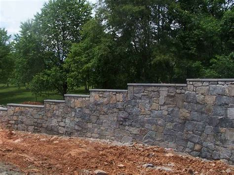 Retaining Wall Cinder Block Retaining Wall Ideas For Better Look
