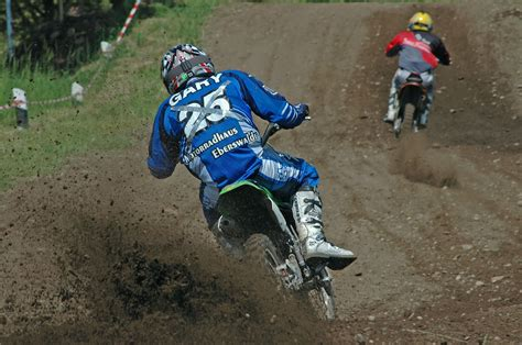 motocross action online file motocross action jpg wikimedia commons