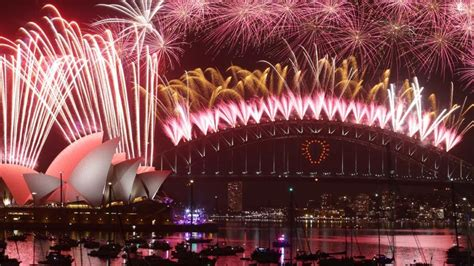 new year fireworks sydney the best vantage points for sydney new year s