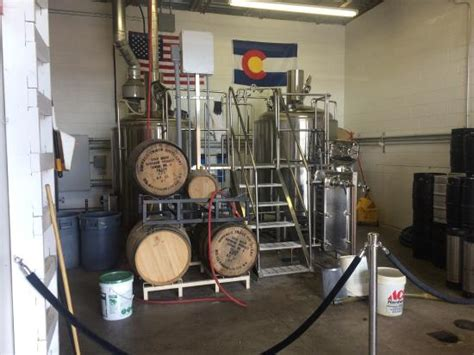 Garage Brewing Brewery In A Garage Tap Room Quaint With Popcorn And