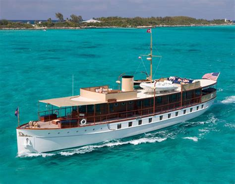 johnny depps yacht sinks johnny depp yacht sinks pictures to pin on pinterest
