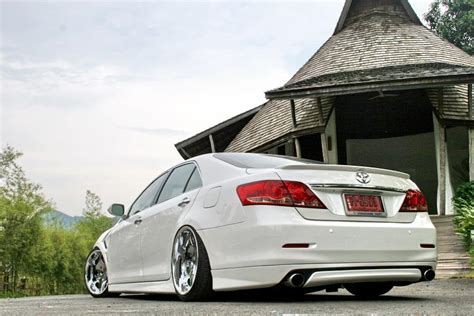 stanced toyota avalon image gallery stanced avalon