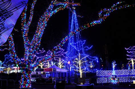 Holiday To Do List Pittsburgh Post Gazette Pittsburgh Zoo Lights