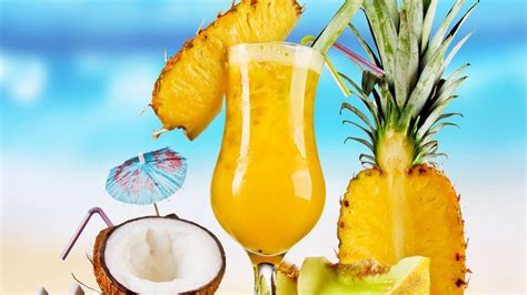 martini tropical 10 easy pineapple cocktails by antioxidants ifood tv