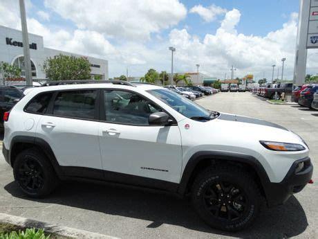 jeep trailhawk black rims 25 best ideas about jeep trailhawk on