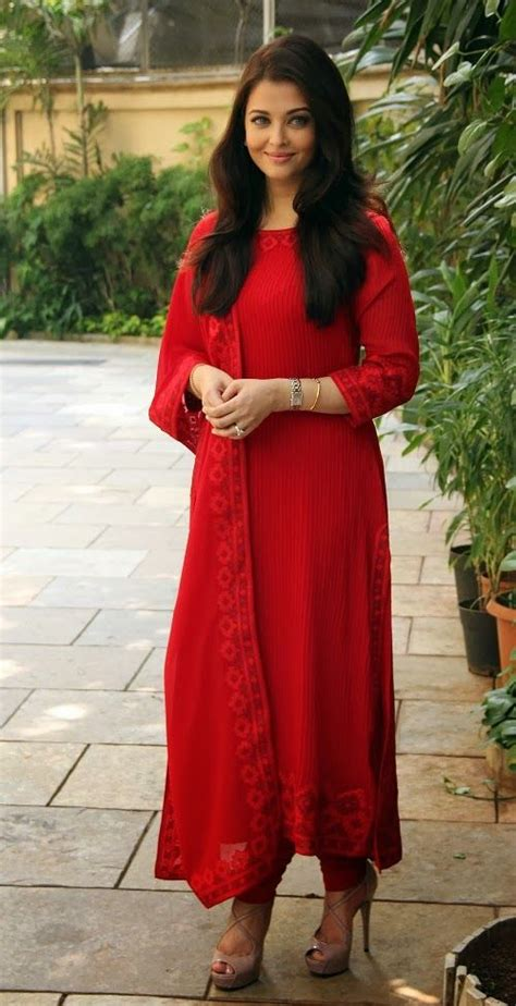 aishwarya rai bachchan  red long churidar suit