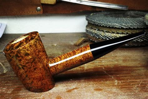Handmade Pipe - happy entreprenewyear for the discerning smoker