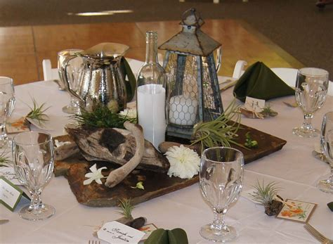 Multicolor Slate and Driftwood Centerpiece   Wedding Ideas