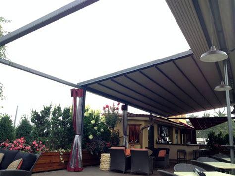 Gennius Retractable Pergola Awning for Restaurant Penthouse Dining Area Mediterranean Patio