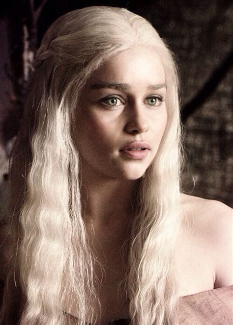 actress game of thrones khaleesi best 25 emilia clarke daenerys targaryen ideas on