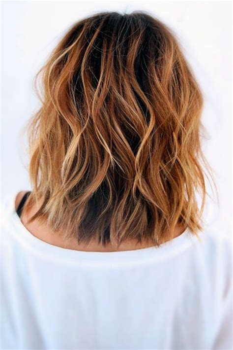 layered beachy medium length haircut the 25 best medium wavy hair ideas on pinterest short