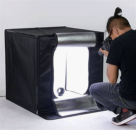 using a light tent for product photography should you use white background or lifestyle product