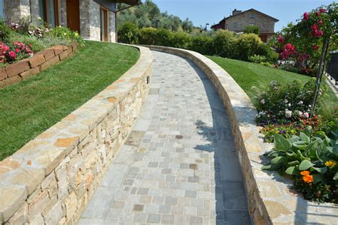 pavimento pietra esterno pavimento esterno in pietra with pavimento esterno in