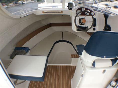 quicksilver tekne quicksilver 540 pilothouse boats for sale at jones boatyard