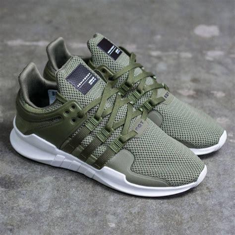Sepatu Sport Casual Pria Adidas Eqt green gold mens adidas eqt adv shoes