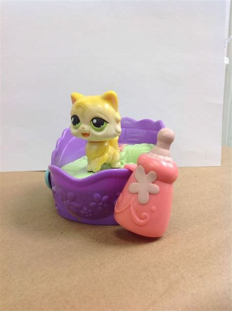 lps beds littlest pet shop lps cat with bed magnet bottle