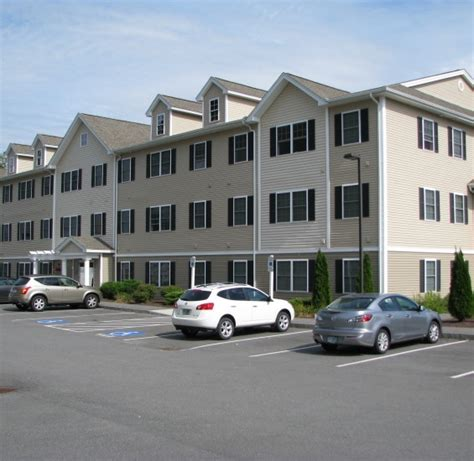 2 bedroom apartments manchester nh redstone apartments rentals manchester nh apartments com