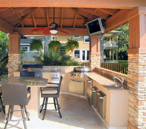 outdoor kitchen photo gallery outdoor kitchen cabinets luxury outdoor kitchens pictures to pin on pinterest
