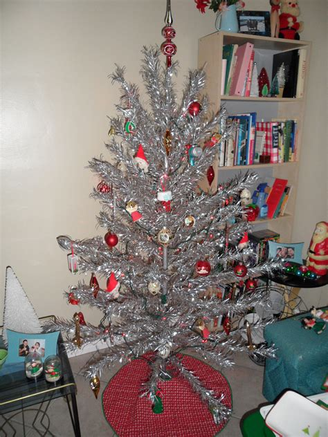vintage christmas tree aluminum aluminum christmas tree