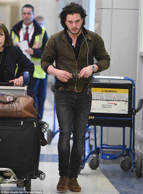 Hair Style Kit Cyty by Of Thrones Kit Harington Touches In Nyc Ahead