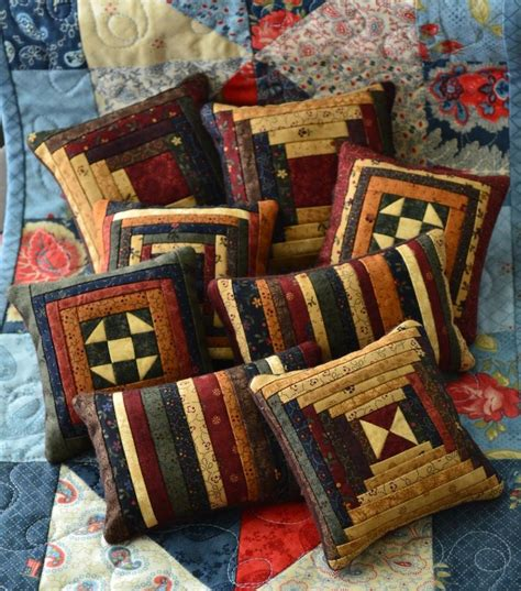 Patchwork Cabin - 25 best ideas about quilted pillow on quilt