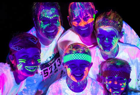 glow in the paint run photo 3 3