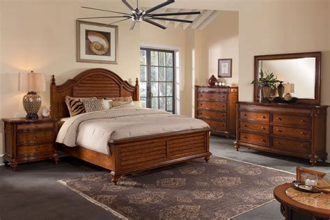 hudson bay golden brown mansion bedroom set from american