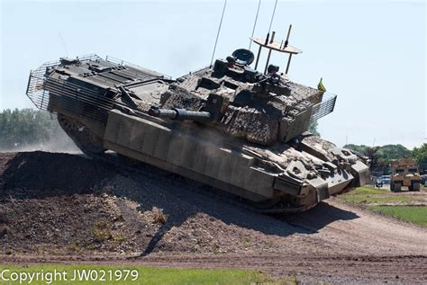 challenger 3 battle tank challenger 2 tank megatron of the adtu the fv4034
