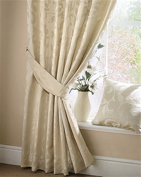 Dramatic Window Treatments 17 Best Images About Dramatic Window Treatments On