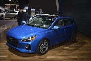 Hyundai Elantra Gr 2018 Hyundai Elantra Gt I30 S Side With Bleak Future