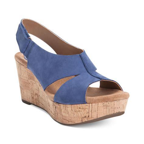 clarks wedge sandal clarks artisan by caslynn lizzie plaform wedge sandals in