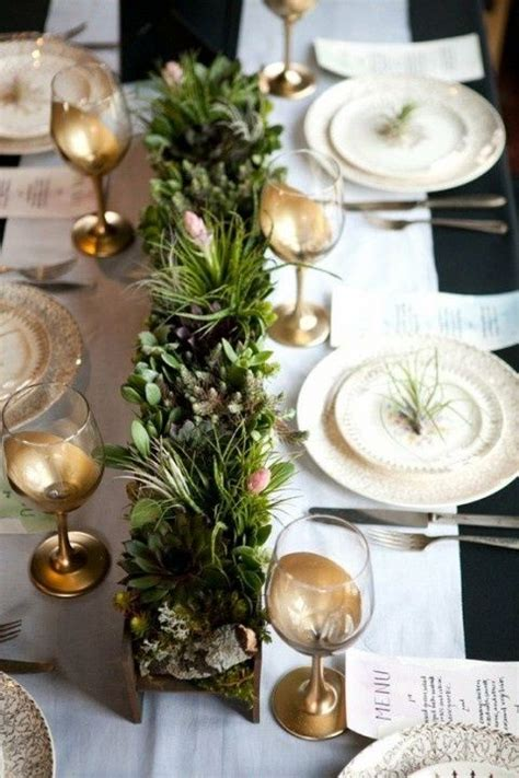 christmas table settings 35 christmas table settings you gonna love digsdigs