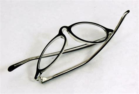 adjusting bent eyewear