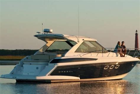 regal yachts 2017 regal 42 sport coupe power boat for sale www