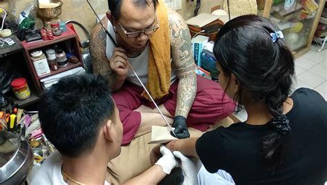 jo tattoo hanoi my holy ink getting a sak yant tattoo in bangkok