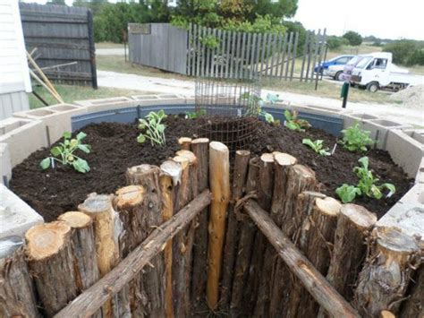 Keyhole Gardening by How To Build A Keyhole Garden