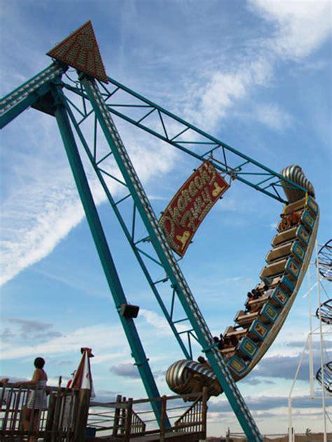 theme park rides pharaoh s fury keansburg amusement park runaway rapids