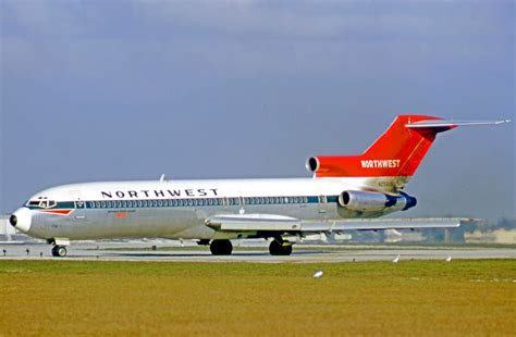 northwest boeing 727 251 n256us nwal at on 07 02 71 aviation boeing 727