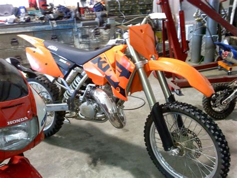 2004 Ktm 200 Exc Review Image Gallery 2004 Ktm Graphics