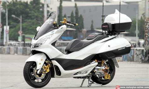Shock Breaker Belakang 1set Merk Honda Showa Honda Odyssey Original modifikasi honda pcx 150 otowire