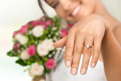 Ehering Gold Frau by Ehering Bei Frau Die Besten Momente Der Hochzeit 2017