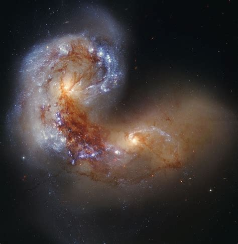 galaxies collide antennae galaxy