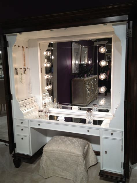 Makeup Vanity Table With Lights Furniture Makeup Vanity Table With Bright Lights And Drawers Amazing Makeup Table With Lights