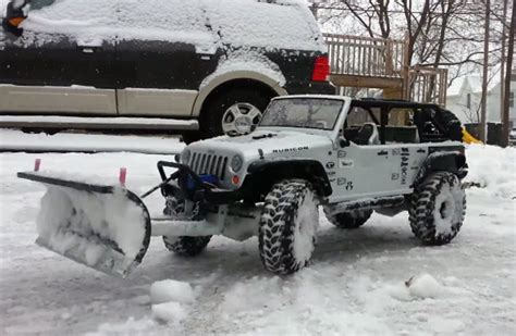 Snow Plow For A Jeep Wrangler This R C Jeep Wrangler Plow Snow