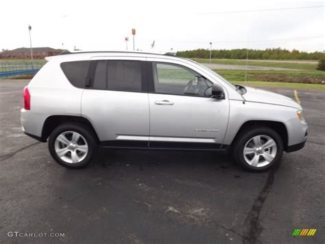 silver jeep compass 2007 jeep compass silver 200 interior and exterior images