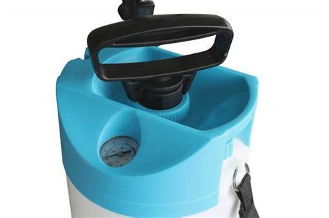 giftspritze garten druckspr 252 kynast 8 liter blau garten giftspritze
