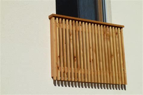 terrassengeländer holz kaufen holzbretter f 252 r balkongel 228 nder on31 hitoiro