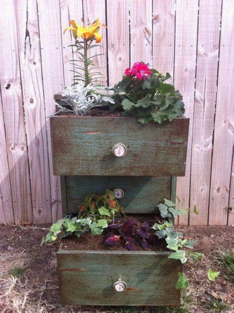 sti per vasi l arte riciclo arredare un giardino in stile shabby