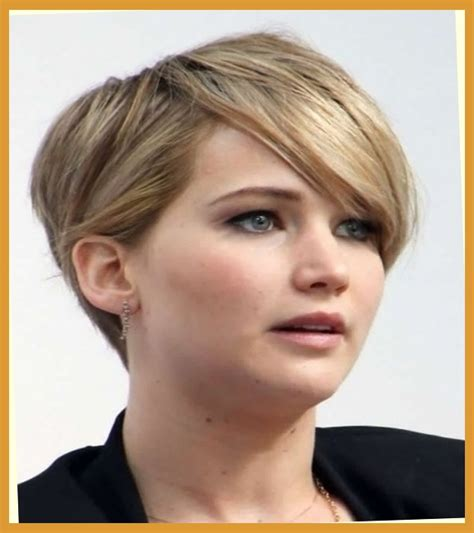 hairstyles for big heads women pixie cut for big forehead low maintenance short