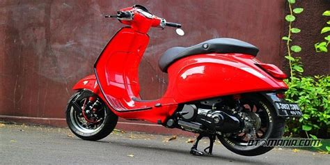 modifikasi vespa original vespa sprint quot racing look anti mainstream quot pameran